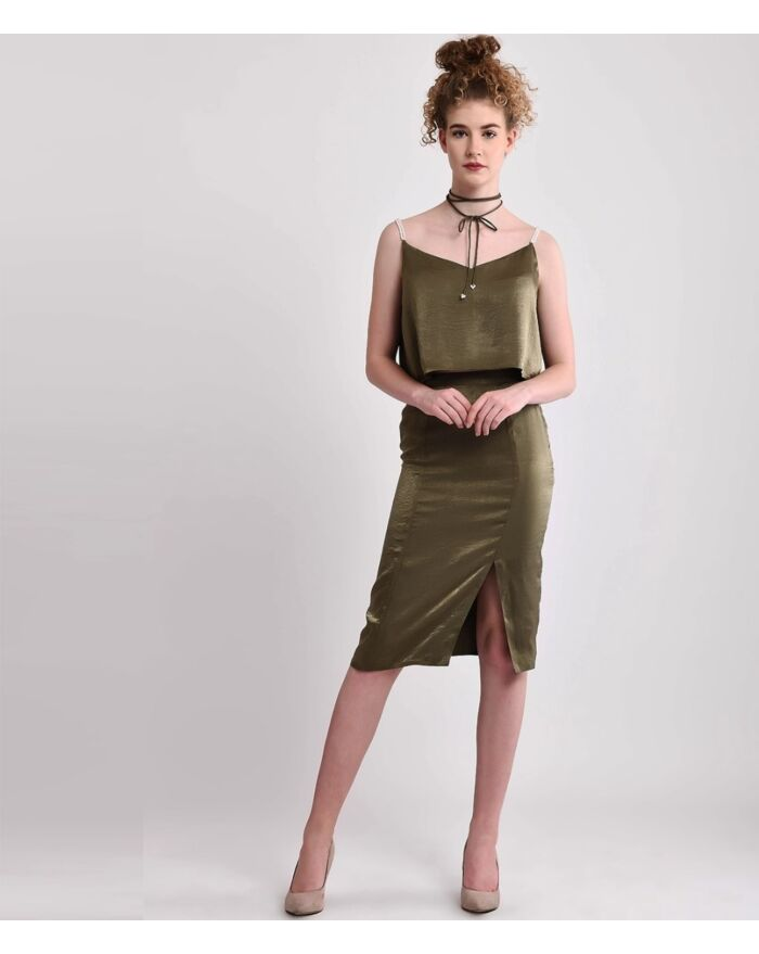 Glistening Olive Green Crop Top With Pearl Strings&Wrap Choker